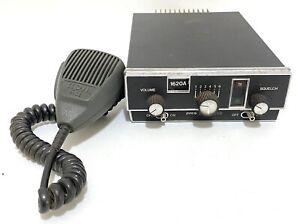 Vintage Pace LandMaster CB Radio Mobile Model 1620A W/ Pathcom Mic Model 5550