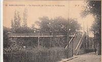 BOIS-COLOMBES 32 la passerelle de l'avenue de saint-germain écrite