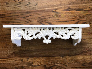 """Ornate 19.5"""" x 5"""" x 5.5"""" Vintage Shabby Chic Solid Wood Painted White Wall Shelf"""