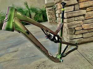 jamis fsr frame With Parts For Partial Build