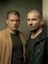 Prison Break UNSIGNED photo - E1796 - Wentworth Miller & Dominic Purcell