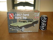 1957 FORD  FAIRLANE 500 HARD TOP,  Plastic Model Car Kit , Scale 1/25