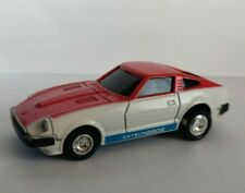 Bandai 1:43 Vintage Fairlady Datsun 280 Z-T 2-Seater  No.17 in nice condition.