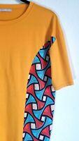 Zara Vintage Colorful Printed Short Sleeved T-Shirt Men's Size Medium  (Unisex)