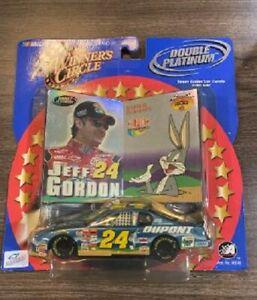 JEFF GORDON 2001 LOONEY TUNES BUGS BUNNY DUPONT 1/43 WINNERS CIRCLE DIECAST CAR