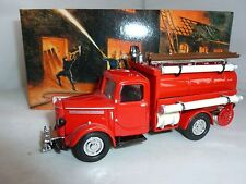 MATCHBOX DIECAST FIRE ENGINE 1939 BEDFORD TANKER YFE04