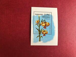 GUINEA-BISSAU GUINE 1989 MNH LILY MINISHEET FLOWERS
