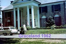 ELVIS PRESLEY 1962 GRACELAND MANSION MUSICAL GATE FANS 3 PHOTOS SET LOT CANDID