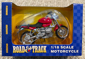 Road and Track Maisto 1:18 Scale BMW Red R1100R Motorcycle NIB