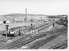 BRITISH RAIL RAILWAY DIESEL PHOTO 1960'S -NORTH BRITISH TYPE 2 D6114 AT PERTH 66