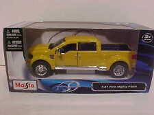 2004 Ford Mighty F-350 Pickup Truck Die-cast 1:31 Maisto 7.75 inch 1/24 Yellow
