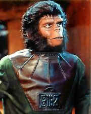 """Roddy McDowall In The Film """"Planet Of The Apes"""" - 8X10 Publicity Photo (Cc871)"""