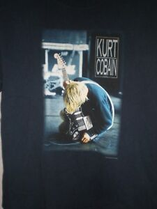 Kurt Cobain T SHIRT 2000 LARGE