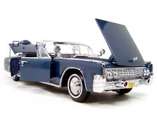 Yatming Kennedy 1961 Lincoln X100 Limousine 1:24 Scale Mode