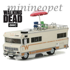 GREENLIGHT 33100 B THE WALKING DEAD 1973 WINNEBAGO CHIEFTAIN w ACCESSORIES 1/64