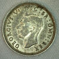 1942 Great Britain Threepence 3 Pence Coin Silver Extra Fine
