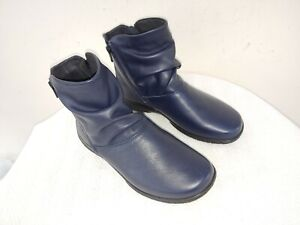 NWOB HOTTER Made in England,NavyBlue Leather,Flat Wedge Womens Booties,UK6/US8,5