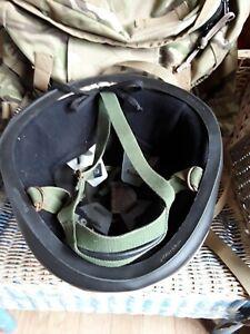 British army Para Helmet Size Medium.  58cm/59cm