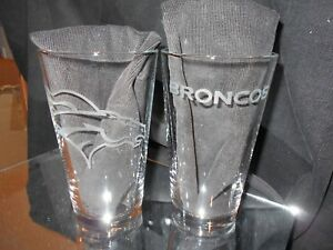 DENVER BRONCOS ETCHED LOGO (2) PINT GLASSES 16oz MULRIPLE LOGOS NEW