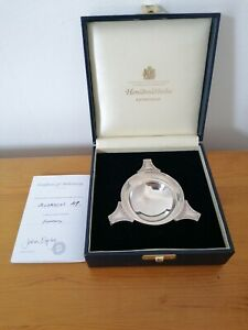 Superb Solid silver quaich Ltd edition with certificate and box mint condition