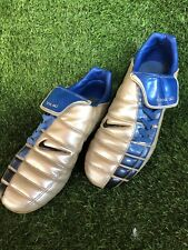 nike total 90 football boots Size 8