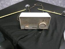 Vintage Sears Silvertone Ivory Model 1003 AM Radio Works