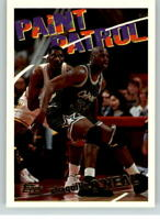 1994-1995 Topps #100 Shaquille O'Neal