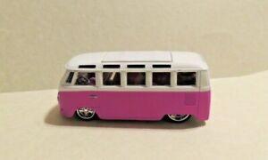 "Maisto Volkswagen Van ""SAMBA"" Pink 1:64 die-cast w/REAL RIDERS***Mint Beauty***"