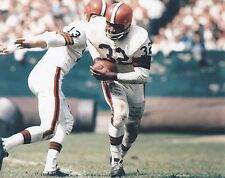 JIM BROWN BROWNS LEGEND IN ACTION  8 x10