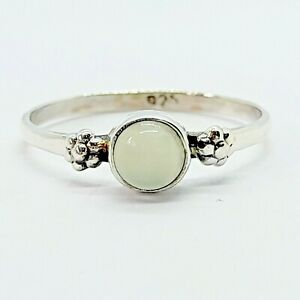 Brand New Sterling Silver 925 Chalcedony (Round) Ring, Size Q