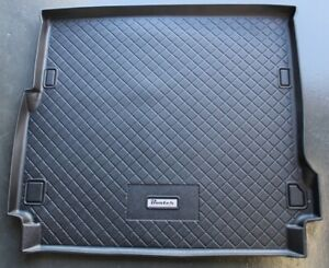 Landrover Discovery Series 3 & 4, 2005-current Cargo Liner Boot Mat