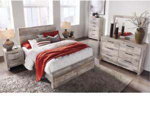 Whitewash Queen Panel Bed w Storage Drawers, Mirror w 6 Drawer Dresser, Chest.