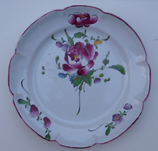 Aprey N°3, assiette à décor de fleurs, 18ème