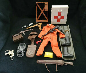 RARE VINTAGE 1960'S HASBRO GI JOE 12 INCH ACTION FIGURE ACCESORY LOT NRSV LOOK
