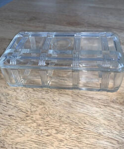 VINTAGE DEPRESSION GLASS BUTTER DISH Clear