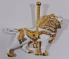 FABULOUS VTG. CAROUSEL REGAL LION WHITE ENAMEL RHINESTONE GOLD TONE BROOCH PIN