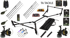 FULL CARP FISHING SET UP WITH 2 RODS 2 REELS BITE ALARMS BAITING NEEDLES +++