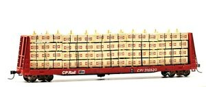 HO High Quality Hand Crafted CP 316520 Bulkhead Flatcar with Canfor Lumber Red