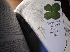 Un joli marque page personnalisé avec 1 trèfle à 4 feuilles !