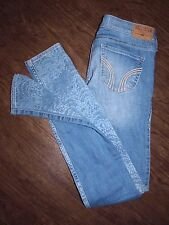 Hollister Womens Size 24x31 Low Rise Light Wash Lace Stamp Skinny Blue Jeans