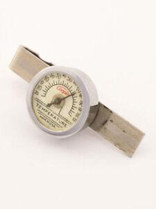 Ein Krawattenhalter Clip mit Thermometer von Copper