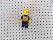 Lego City Town Minifigure Fireman Fire Fighter with Gold Helmet