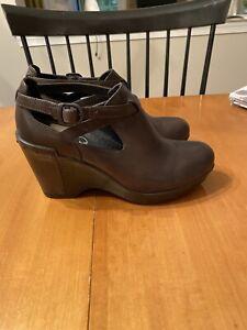 dansko 38 brown Shoes 3 1/2 Heels