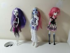 Monster High Doll Spectra Ghoul, Rochelle Goyle and Abbey Bominable