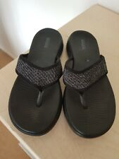 SKECHERS Goga Mat sandals size UK 8