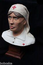 Buste d'une Infirmière Française de 14-18 (Made in France)
