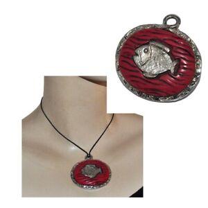 LIKA PARIS Gros pendentif années 80 plaqué argent résine rouge poisson bijou