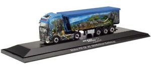 HER122085 - Camion benne aux couleurs HILKER FRIESOYTHE - VOLVO FH Globetrotter