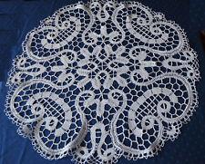 Handarbeit runde Klöppeldecke mit Leinengarn gearbeitet 85 cm