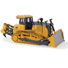 Tomy #LP53364 ERTL John Deere Prestige Series 1:50 Scale Model 1050K Crawler